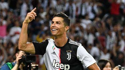 Ronaldo: 'Năm 25 tuổi, tôi phải có giá 300 triệu euro'