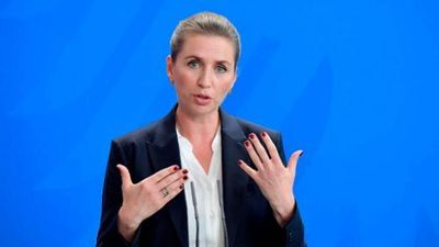 Thủ tướng Đan Mạch xinh đẹp vừa làm 'phật lòng' ông Trump là ai?