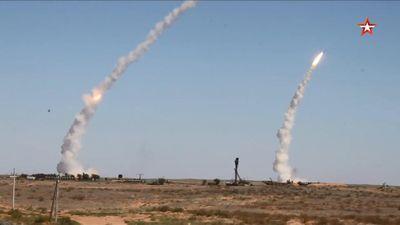 Cận cảnh tổ hợp tên lửa-pháo phòng không Nga dội hỏa lực diệt mục tiêu