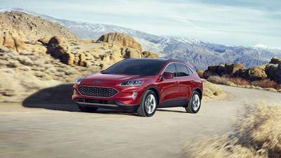 Ford Escape 2020 'full option' bán ra tới 946 triệu đồng