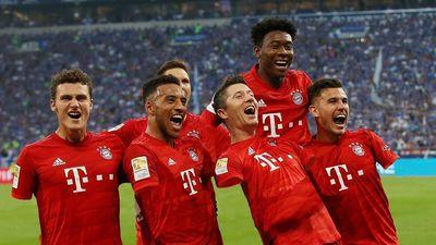 Schalke dùng photoshop xóa tay cầu thủ Bayern vì bị từ chối penalty