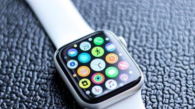 Tính năng phát hiện ngã trên Apple Watch lại cứu người