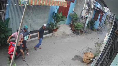 Nhóm cướp giật túi xách bên trong có giấy báo tử
