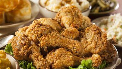 Các nước trên thế giới làm món gà rán như thế nào?