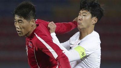 Chủ tịch FIFA bất bình với cách tổ chức trận đấu của Triều Tiên