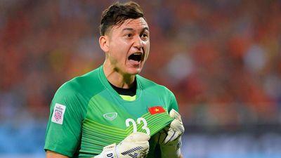 Văn Lâm lọt top 10 thủ môn xuất sắc của vòng loại World Cup 2022