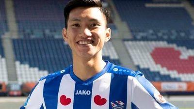 AZ Alkmaar 0-1 Heerenveen: Đội của Văn Hậu mở tỷ số
