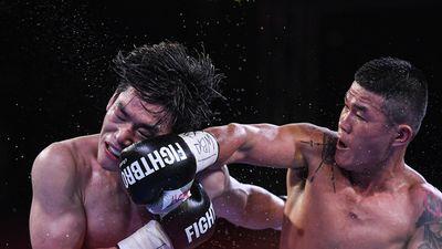 Trương Đình Hoàng đánh bại nhà vô địch boxing Hàn Quốc tại hồ Gươm