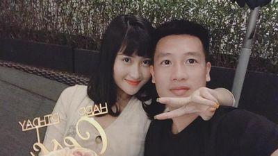 Trò cưng thầy Park gây sốt khi tặng 'mẹ vợ' hoa trong ngày 20/10