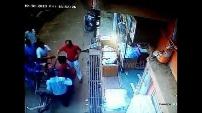 Thần chết 'vồ hụt' em bé 3 tuổi rơi từ ban công cao 10 m