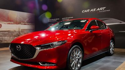 Mua sedan hạng C với 900 triệu - chọn Mazda3 hay Honda Civic?