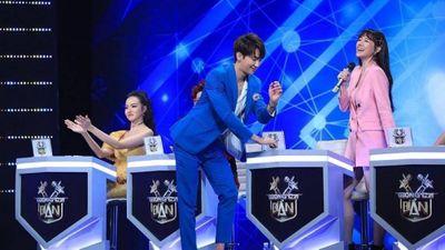 Hari Won quấn quýt tài tử xứ Hàn, Trấn Thành phản ứng lạ