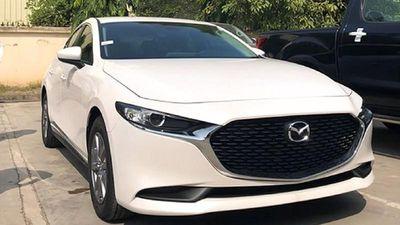 Cận cảnh Mazda3 mới bản tiêu chuẩn, bán ra 719 triệu đồng