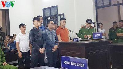 Khá 'bảnh' thừa nhận tội danh tại phiên tòa sơ thẩm