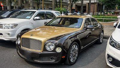 'Soi' xe sang Bentley Mulsanne tiền tỷ, màu độc ở Sài Gòn