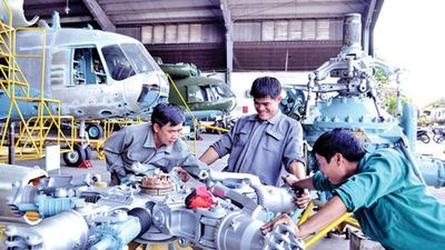 Việt Nam sửa chữa trực thăng họ Mi cực giỏi, nhiều nước phải cậy nhờ