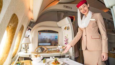 Tiêu chuẩn tiếp viên khoang hạng nhất của hãng Emirates