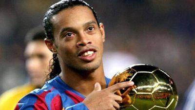 Góc khuất cuộc đời bóng đá của Ronaldinho