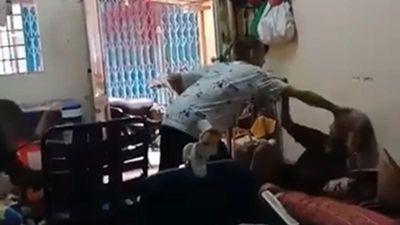 Nam thanh niên đánh đập bà lão dã man, nghi là cháu ngoại