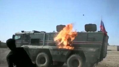 Người Kurd ở Syria 'khủng bố' đoàn xe quân sự Nga – Thổ Nhĩ Kỳ bằng bom xăng