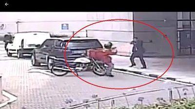 Mexico: Vệ sĩ rút súng bảo vệ thân chủ như trong phim hành động
