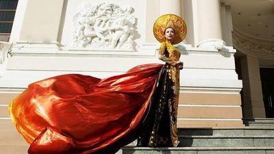 Những bộ áo dài quốc phục Việt Nam 'rinh' giải cao tại cuộc thi sắc đẹp quốc tế