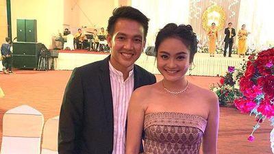 Cầu thủ U22 Campuchia thường mặc gì khi ở bên bạn gái nổi tiếng?