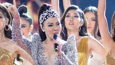 Thu Minh hát 'I Am Diva' ở chung kết Hoa hậu Hoàn vũ Việt Nam 2019