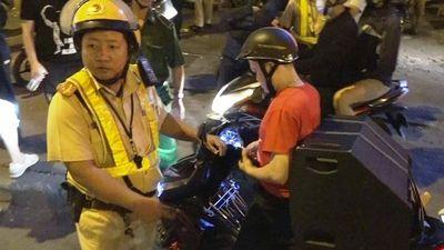 Xử lý hàng chục CĐV ăn mừng quá khích sau trận thắng của U22 Việt Nam