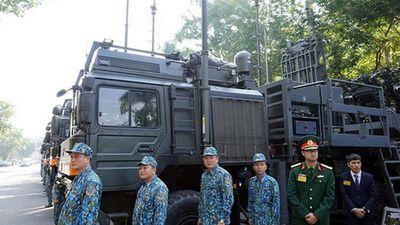 Tổ hợp tên lửa của Israel lần đầu xuất hiện giữa lòng thủ đô Hà Nội