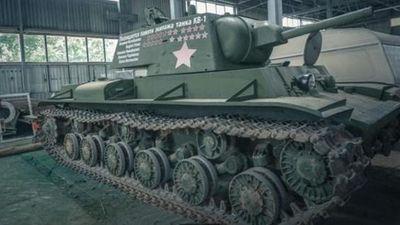 Trải nghiệm tự lái xe tăng như thời chiến