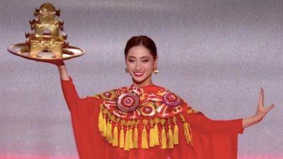 Lương Thùy Linh múa mâm ở chung kết Hoa hậu Thế giới 2019