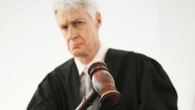 Yêu râu xanh đưa đơn kháng cáo với lý do tòa án 'choáng váng'