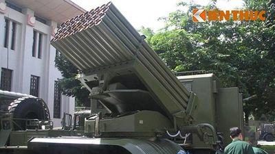 'Bão lửa' BM-21 Việt Nam tự động hóa, kíp lái yên tâm ngồi hầm khai hỏa