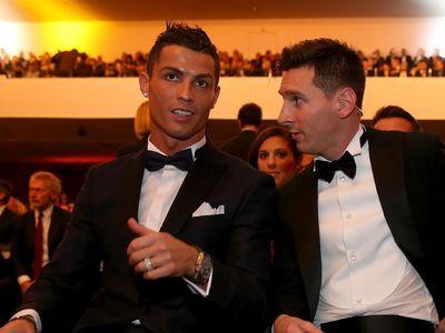 Với cương vị thủ quân ĐT Argentina, Messi đã điền tên Ronaldo vào một trong ba phiếu bầu tại giải The Best. Trong khi đó, CR7 không chọn Modric trở thành người chiến thắng.
