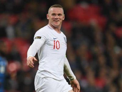 Cựu thủ quân 'Tam sư' trở lại khoác áo tuyển quốc gia lần cuối trong trận cầu tôn vinh trên sân Wembley diễn ra sáng 16/11.