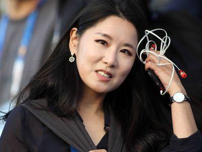 Có mặt theo dõi buổi tập đầu tiên của tuyển Việt Nam ở Dubai chuẩn bị cho trận knock-out gặp Jordan, nữ MC xinh đẹp Nuri On của đài truyền hình JTBC đã nhắn nhủ đặc biệt đến HLV Park Hang-seo.