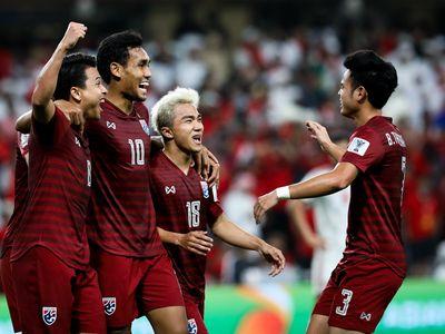Vấn đề với bóng đá Việt Nam là tới bao giờ họ mới có nổi một cầu thủ mang tầm vóc châu Á như Chanathip Songkrasin?
