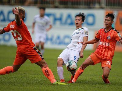 HLV Huỳnh Đức không phục khi SHB Đà Nẵng thua HAGL ở cuộc đọ sức tại vòng 22 V-League 2019 trên sân Pleiku.