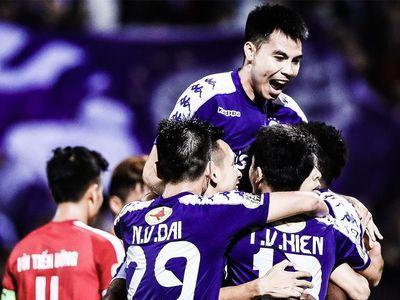 CLB Hà Nội thể hiện bản lĩnh của nhà đương kim vô địch với màn lội ngược dòng giành chiến thắng 5-2 trước đội khách Viettel ở vòng 23 V.League diễn ra tối 15/9.