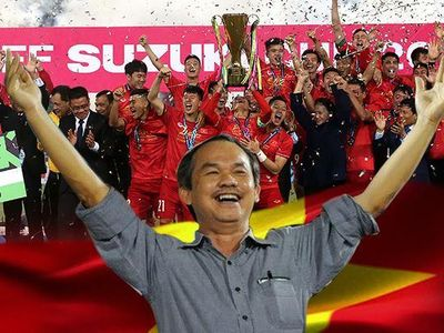 Tờ báo điện tử tiếng Trung Quốc - China Press đã chỉ ra con đường thành công của bóng đá Việt Nam đến từ tầm nhìn 12 năm của bầu Đức.