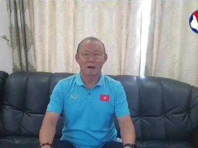 HLV Park Hang Seo gửi lời chúc Tết người hâm mộ bóng đá Việt Nam trước khi trở về Hàn Quốc nghỉ ngơi, đón năm mới cùng gia đình.