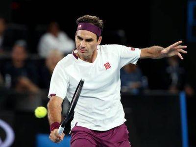 Tối 26/1, Roger Federer đã giành chiến thắng ngược dòng trước tay vợt chủ nhà Marton Fucsovics sau 4 set với các tỷ số 4-6, 6-1, 6-2 và 6-2 để tiến vào tứ kết Australian Open.