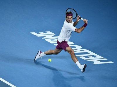'Tàu tốc hành' người Thụy Sĩ để thua set đầu tiên nhưng giành chiến thắng dễ ở 3 set sau với các tỷ số 4-6, 6-1, 6-2, 6-2 để vào tứ kết giải Grand Slam đầu tiên trong năm.