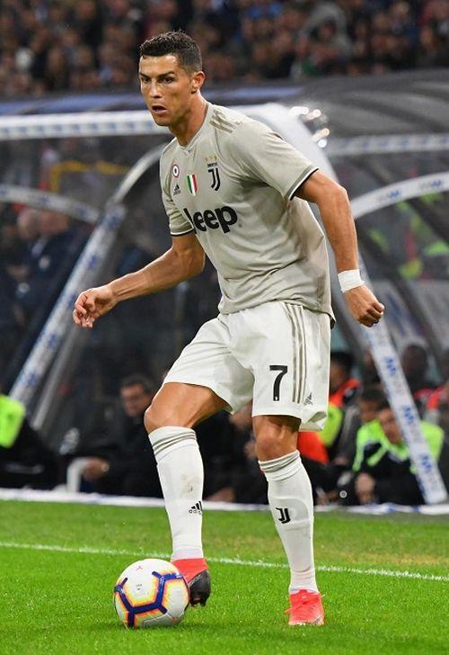 NÓNG: Juventus tính cuỗm Pogba vào tháng Giêng bằng đề nghị gây sốc