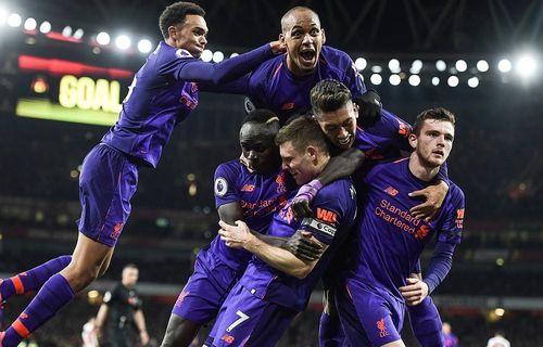 Liverpool đánh rơi 2 điểm quý giá trước Arsenal