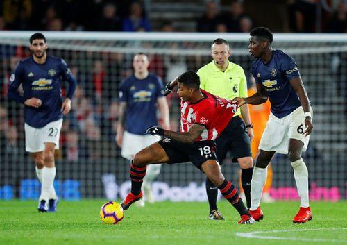 Sir Alex Ferguson 'đứng hình' với trận hòa nghẹt thở của Man United