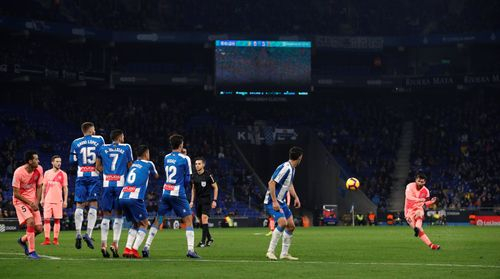 Messi tỏa sáng, Barcelona đè bẹp Espanyol