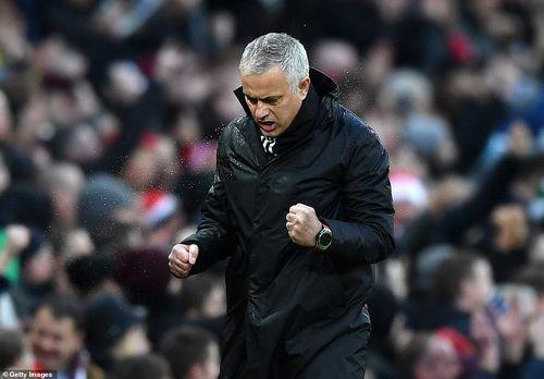 Toàn cảnh MU 4-1 Fulham: 'Quỷ đỏ' kém top 4 đúng 8 điểm