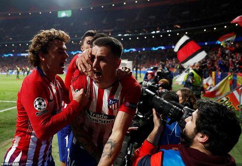 Kết quả Champions League 21/2: Atletico hạ Juve, Man City ngược dòng kịch tính